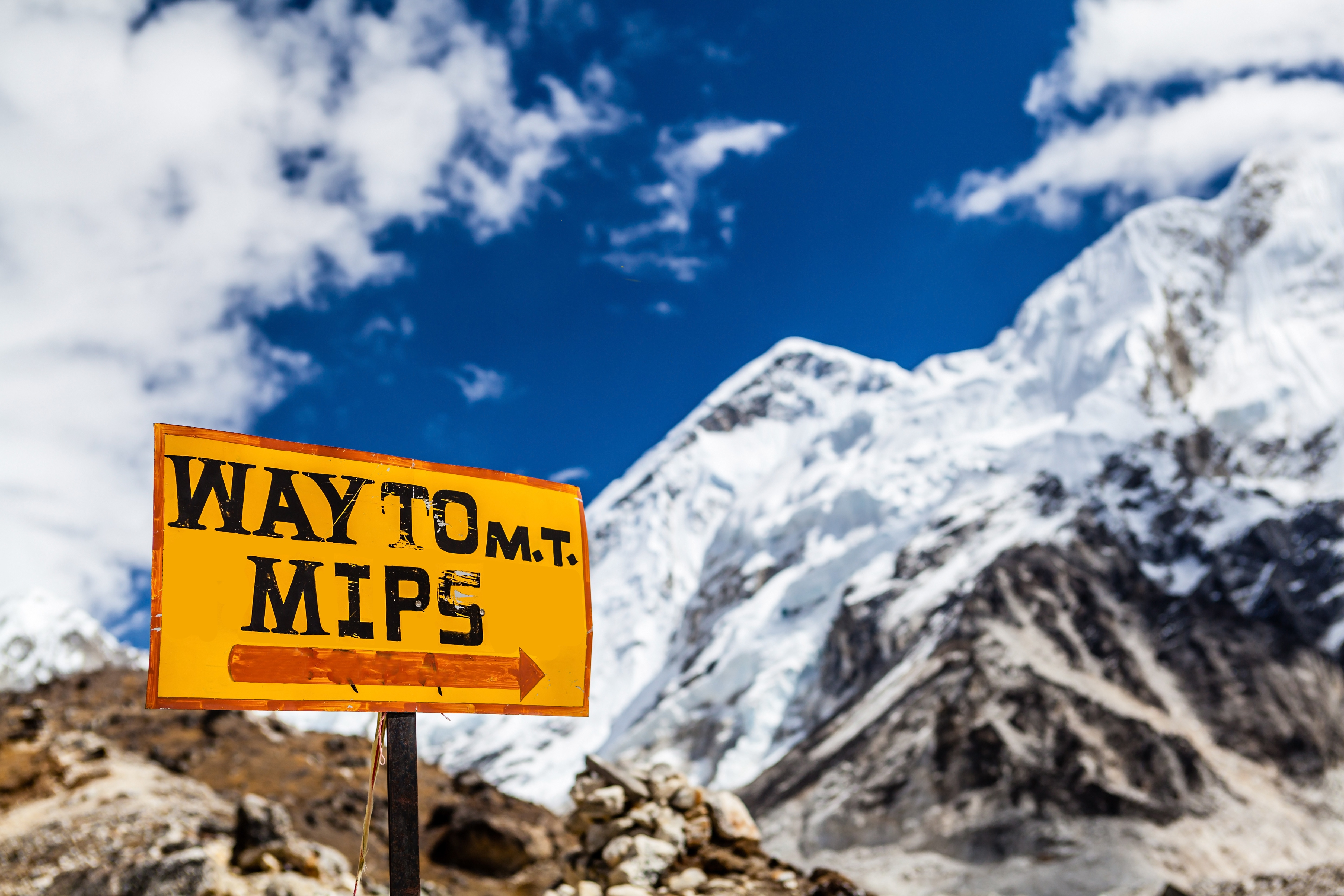 this way to mt mips.jpg